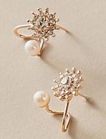 cheap -Women's Earrings Geometrical Petal Stylish Elegant Romantic Classic Sweet Imitation Pearl Earrings Jewelry Gold For Wedding Gift Date Beach Festival 1 Pair