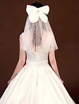 cheap -One-tier Natural / Lace Wedding Veil Shoulder Veils with Satin Bow / Sequin / Solid Tulle