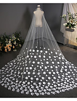 cheap -Two-tier Classic Style / Flower Style Wedding Veil Chapel Veils with Petal / Appliques 137.8 in (350cm) Tulle