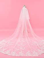 cheap -One-tier Classic Style Wedding Veil Chapel Veils with Embroidery / Appliques 137.8 in (350cm) Tulle