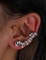 cheap -Women's Clip on Earring Vintage Style Skull Statement Unique Design Vintage Modern Korean Earrings Jewelry Silver For Party Gift Daily Prom Club 1pc