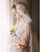 cheap -One-tier Cute / Sweet Wedding Veil Chapel Veils with Appliques Tulle