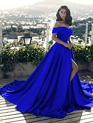 cheap -A-Line Minimalist Sexy Prom Formal Evening Dress Off Shoulder Sleeveless Chapel Train Satin with Split Front 2020