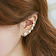 Women's Ear Cuff Climber Earrings Helix Earrings Cheap Ladies Elegant Earrings Jewelry Silver / Golden For Wedding Party Daily Masquerade Engagement Party Prom