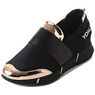 ราคาถูก -สำหรับผู้หญิง รองเท้ากีฬา ส้นแบน ปลายกลม PU ความสะดวกสบาย วสำหรับเดิน ตก / ฤดูหนาว สีทอง / สีดำ