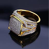 povoljno -Muškarci Prsten Pečatni prsten Kubični Zirconia 1pc Zlato Kamen Umjetno drago kamenje Geometric Shape Stilski Luksuz Hip Hop Vjenčanje Party Jewelry Klasičan Cool