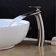 abordables -robinet de lavabo de salle de bain en cascade - cascade nickel brossé centres monocommande un trou robinets de bain