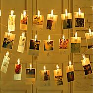abordables -2m 3m 5m LED Photo Clip Guirlandes 20pcs Photo Clips LED Image Clip Lumière Photo Affichage Lumières Pour Chambre Fête De Mariage Anniversaire De Noël Décoration Batterie Alimenté ou USB