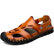 ราคาถูก -สำหรับผู้ชาย รองเท้าสบาย ๆ ฤดูใบไม้ผลิ / ฤดูร้อน ไม่เป็นทางการ ทุกวัน ชายหาด รองเท้าแตะ วสำหรับเดิน PU ระบายอากาศ สีน้ำตาลอ่อน / น้ำตาลเข้ม / สีดำ