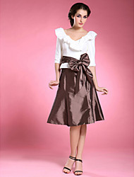 cheap -A-Line Mother of the Bride Dress Color Block V Neck Knee Length Taffeta Half Sleeve with Sash / Ribbon Bow(s) 2020
