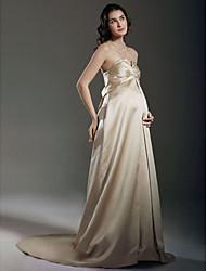 cheap -Sheath / Column Wedding Dresses Strapless Sweetheart Neckline Court Train Satin Sleeveless with 2020