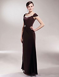cheap -Sheath / Column Mother of the Bride Dress Elegant Off Shoulder Floor Length Chiffon Satin Short Sleeve with Appliques Side Draping Crystal Brooch 2020