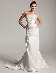 cheap -Sheath / Column Wedding Dresses Strapless Court Train Satin Sleeveless with 2020