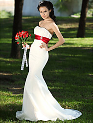 cheap -Mermaid / Trumpet Wedding Dresses Strapless Sweep / Brush Train Satin Strapless Wedding Dress in Color with Ruched Draping Crystal Floral Pin 2020