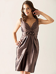cheap -Sheath / Column V Neck Knee Length Taffeta Bridesmaid Dress with Criss Cross / Beading