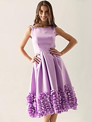 cheap -Princess / A-Line Bateau Neck Knee Length Satin Bridesmaid Dress with Ruffles
