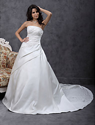 cheap -Princess A-Line Wedding Dresses Strapless Chapel Train Satin Sleeveless with Beading Appliques Side-Draped 2021