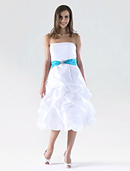 cheap -A-Line / Ball Gown Strapless Knee Length Taffeta Bridesmaid Dress with Pick Up Skirt / Sash / Ribbon / Crystal Brooch