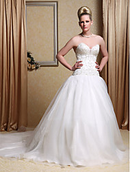 cheap -Ball Gown Wedding Dresses Strapless Sweetheart Neckline Chapel Train Organza Satin Sleeveless Sparkle & Shine with 2020