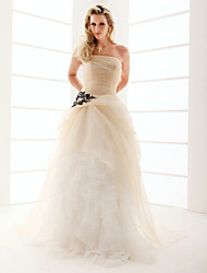 cheap -Princess A-Line Wedding Dresses Strapless Floor Length Organza Sleeveless Wedding Dress in Color with 2020
