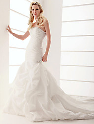 cheap -Mermaid / Trumpet Wedding Dresses Strapless Chapel Train Taffeta Sleeveless with 2021
