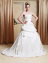 cheap -A-line/Princess Gown Strapless Chapel Train Taffeta Wedding Dress With Beaded Appliques
