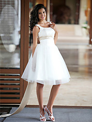 cheap -A-Line Wedding Dresses Scoop Neck Knee Length Satin Tulle Regular Straps Little White Dress with Sash / Ribbon Beading 2021