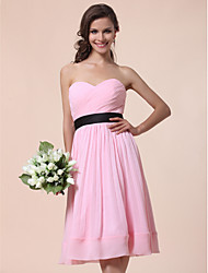 cheap -A-Line / Ball Gown Strapless / Sweetheart Neckline Knee Length Chiffon Bridesmaid Dress with Draping / Sash / Ribbon / Criss Cross