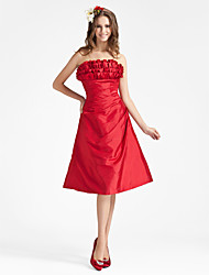 cheap -Princess / A-Line Strapless Knee Length Taffeta Bridesmaid Dress with Ruffles / Side Draping