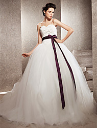 cheap -Ball Gown Wedding Dresses Sweetheart Neckline Chapel Train Lace Tulle Strapless Wedding Dress in Color with Bowknot Sash / Ribbon Beading 2021