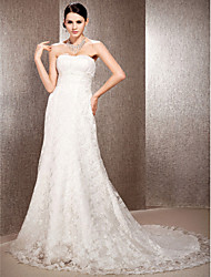 cheap -Princess A-Line Wedding Dresses Sweetheart Neckline Court Train Lace Sleeveless Floral Lace with Sash / Ribbon Ruched Beading 2020