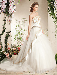 cheap -Ball Gown A-Line Wedding Dresses Strapless Court Train Satin Tulle Sleeveless Sparkle & Shine with 2020