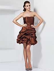 cheap -Ball Gown A-Line Homecoming Cocktail Party Dress Strapless Sleeveless Short / Mini Taffeta with Pick Up Skirt Side Draping 2020