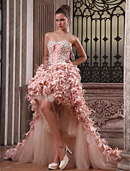 cheap -Ball Gown High Low Formal Evening Dress Strapless Sweetheart Neckline Sleeveless Asymmetrical Satin Taffeta with Feathers / Fur Lace Pick Up Skirt 2020