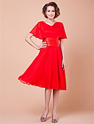 cheap -A-Line Mother of the Bride Dress Elegant Cowl Neck Knee Length Chiffon Short Sleeve with Buttons Ruched 2021