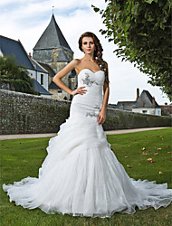 cheap -Mermaid / Trumpet Wedding Dresses Sweetheart Neckline Chapel Train Organza Sleeveless with Ruched Beading Appliques 2020
