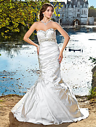 cheap -Mermaid / Trumpet Wedding Dresses Strapless Sweetheart Neckline Court Train Satin Sleeveless Sparkle & Shine with 2020