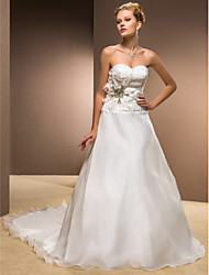 Недорогие -Онлайн / принцесса Милая часовня Поезд свадебное платье из органзы