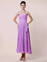 cheap -A-Line Mother of the Bride Dress Elegant Strapless Sweetheart Neckline Tea Length Chiffon Sleeveless with Criss Cross Pleats Side Draping 2020