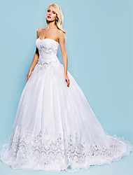 cheap -Ball Gown Wedding Dresses Sweetheart Neckline Court Train Organza Sleeveless with Ruched Beading Appliques 2020