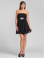 cheap -A-Line Homecoming Cocktail Party Wedding Party Dress Strapless Sleeveless Short / Mini Chiffon with Crystals Side Draping 2020