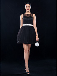cheap -A-Line Cocktail Party Wedding Party Dress Bateau Neck Sleeveless Short / Mini Tulle with Draping Crystal Brooch 2020