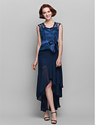 cheap -Sheath / Column Mother of the Bride Dress See Through Queen Anne Asymmetrical Chiffon Lace Sleeveless with Bow(s) 2021