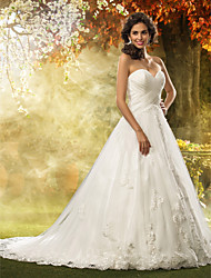 cheap -Ball Gown Sweetheart Neckline Court Train Tulle Strapless Floral Lace Made-To-Measure Wedding Dresses with Appliques / Criss-Cross 2020 / Church