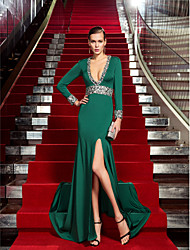 cheap -Sheath / Column Celebrity Style Formal Evening Dress Plunging Neck Long Sleeve Sweep / Brush Train Jersey with Crystals 2021
