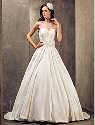 cheap -Princess A-Line Wedding Dresses V Neck Sweep / Brush Train Lace Taffeta Sleeveless with 2020