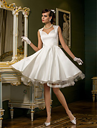 cheap -A-Line Wedding Dresses Sweetheart Neckline Knee Length Satin Tulle Cap Sleeve Simple Casual Backless Cute with Lace Button 2020