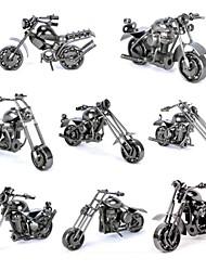Недорогие -металл мотоцикл стол украшение с Rotable колес и рук (случайный цвет)