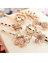 Недорогие -жемчужина алмазов цветок бантом форме сердца шпилька случайных доставки