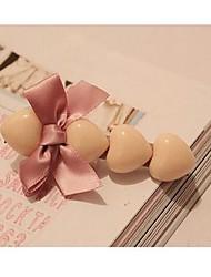 Недорогие -новая мода персик форме сердца с бантом ткани заколки Random Color